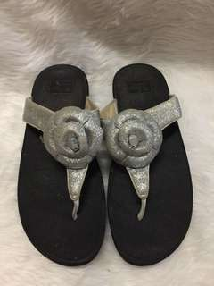 Authentic fitflop size 8