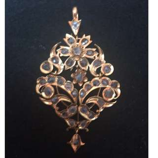 Peranakan Nonya Intan 850 Yellow Gold Pendant
