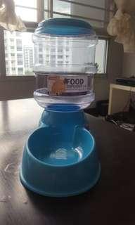 Cat Food Dispenser