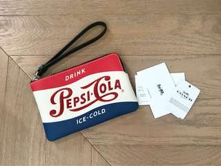 "全新 Coach ""Pepsi"" small pouch clutch bag 玩味小手挽袋仔"