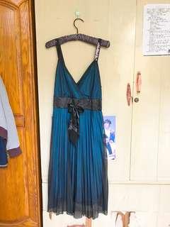 深V藍色連身裙