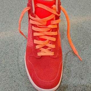 Authentic Nike Wedge in Orange