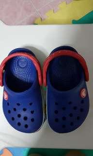 Crocs shoe with light