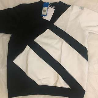 Adidas Boxy fit sweat shirt