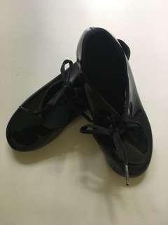 Capezio Girl's Tap Shoes size 2 1/2