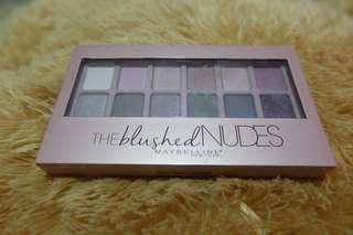 Eyeshadow Maybelline The Blushed Nudes