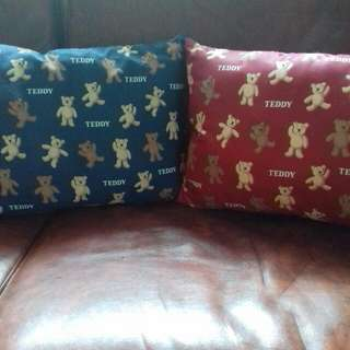 @take all 55rb  Bantal Teddy  buat di mobil / di sofa   New ya, ex hadiah 😊😊