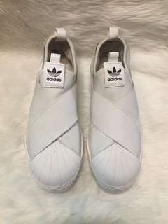 Authentic adidas slip on size 40