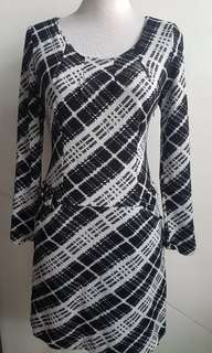 Fendi dress size m wool polyester vg