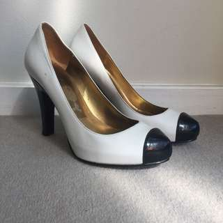 GUESS Classic Leather Heels