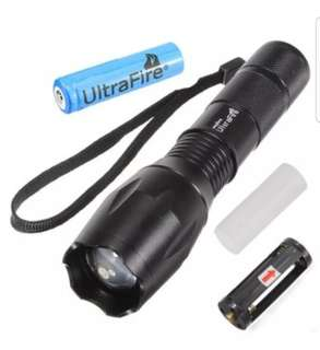 2000Lumens Torchlight with battery