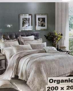 Bed Cover dan Sprei TENCEL ORGANIC Forever Love