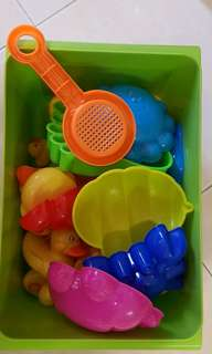 beach/water toys