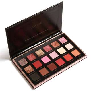 Brand New 18 Colour Pigmented Eyeshadow Palette
