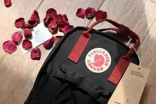 AUTHENTIC FJALLRAVEN KANKEN MINI BLACK / OX RED BACKPACK