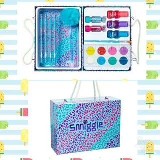 Smiggle Hard Case Kit