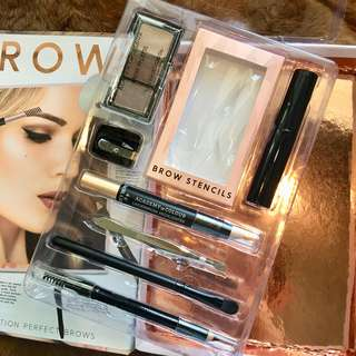 High Definition Brows 8-piece kit
