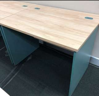 Table (office)