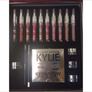Kylie Holiday Edition Make Up Set