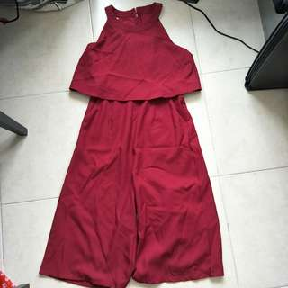 Sleeveless Jumpsuit maroon color free size