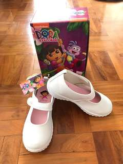 (~22cm) BNWT Dora shoes
