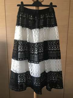 Alice + Olivia Lace Skirt 黑白半長裙