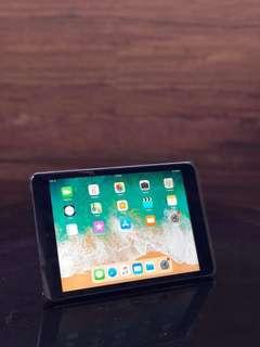 iPad mini 2 (Wifi only-16gb)