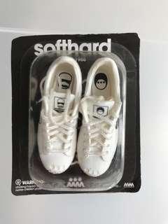 Soft hard 1988