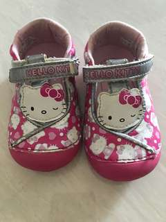 PL size 5M stride rite Hello Kitty Shoes