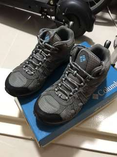 Columbia Track Shoes