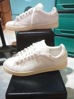 preloved original asidas STAN SMITH shoes