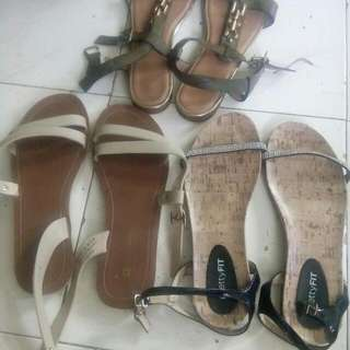 SANDALS BRAND:GIBBI.PENSHOPPE LIKE NEW..PRETTYFIT ..take All