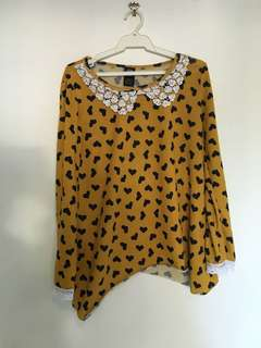 Sandalwood yellow top with hearts