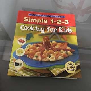 Simple Childrens Kids Cook Book / Recipe
