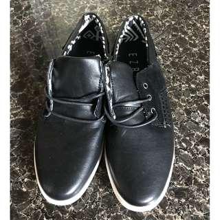 Brand New Men' Shoe