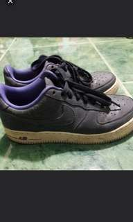 Authentic nike air force size 7 in good condition