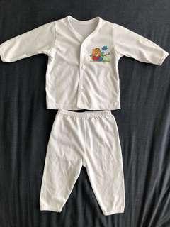 2 sets baby pajamas