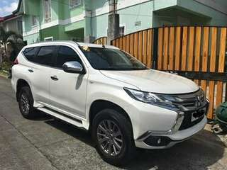 Car for rent (with driver) - Montero