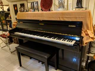 Piano Handok