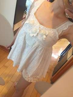 White sexy and fancy lace top 白色性感夢幻公主風吊帶衫
