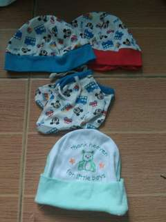 Bonnet and booties for boys