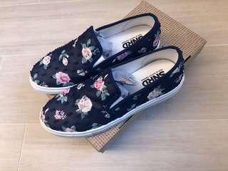 女神鞋全新Slip on shoes made in Korea