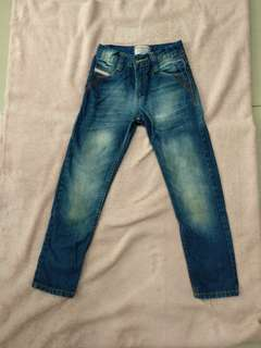 Colour in jeans anak