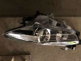 Mazda 3 left headlight