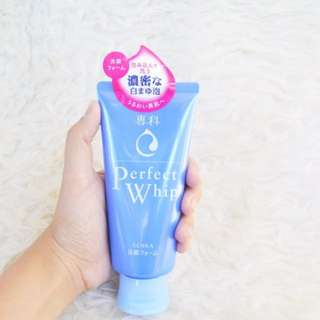Senka shisheido perfect whip facial foam