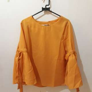 BLOUSE KUNING CANTIK BELL SLEEVE