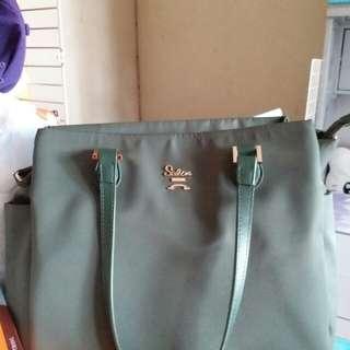 Salice綠色手袋