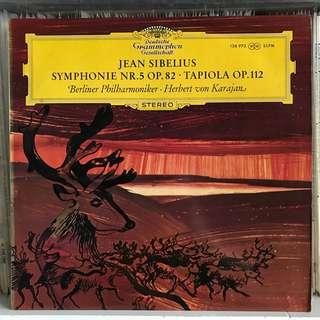 Sibelius Symphony 5 Tapiola Karajan DG SLPM 138973