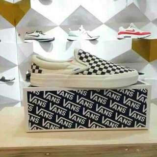 Vans slip on checkerboard classic.