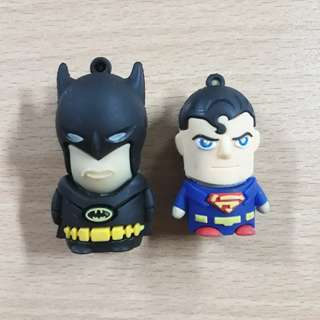BATMAN-SUPERMAN USB 8gb
